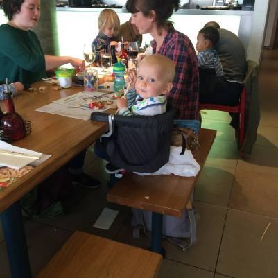 Dziecko z restauracji